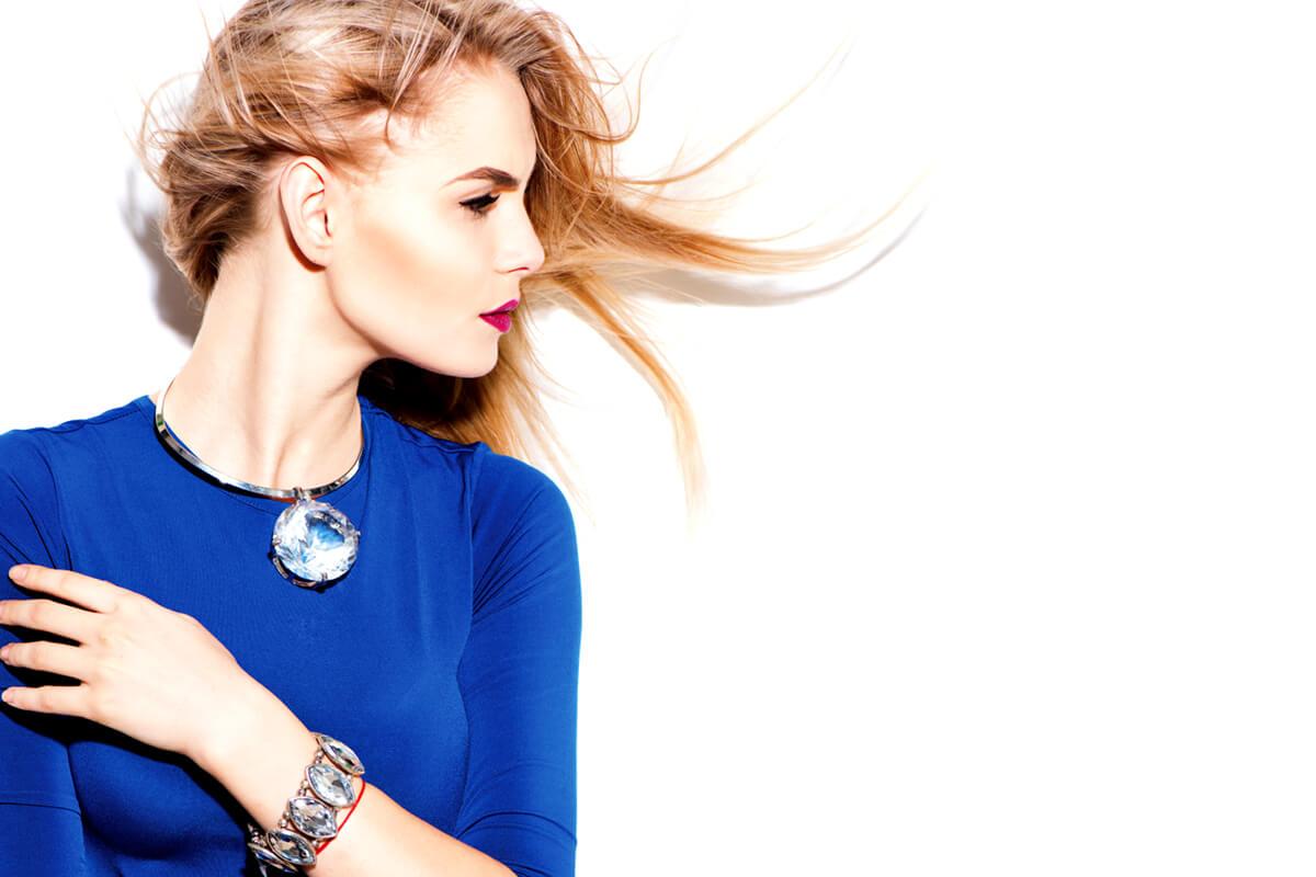 Bleu cobalt : 16 articles pour profiter des offres du moment