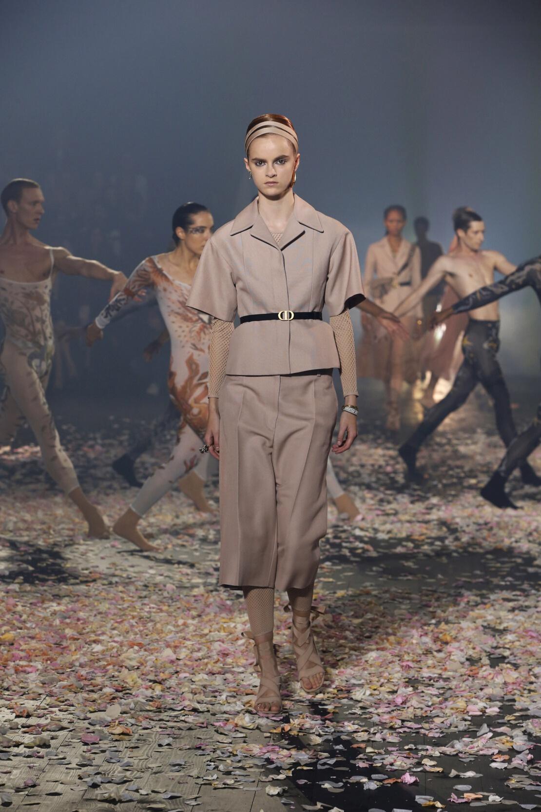 Transparences mode chez Christian Dior P/E 2019