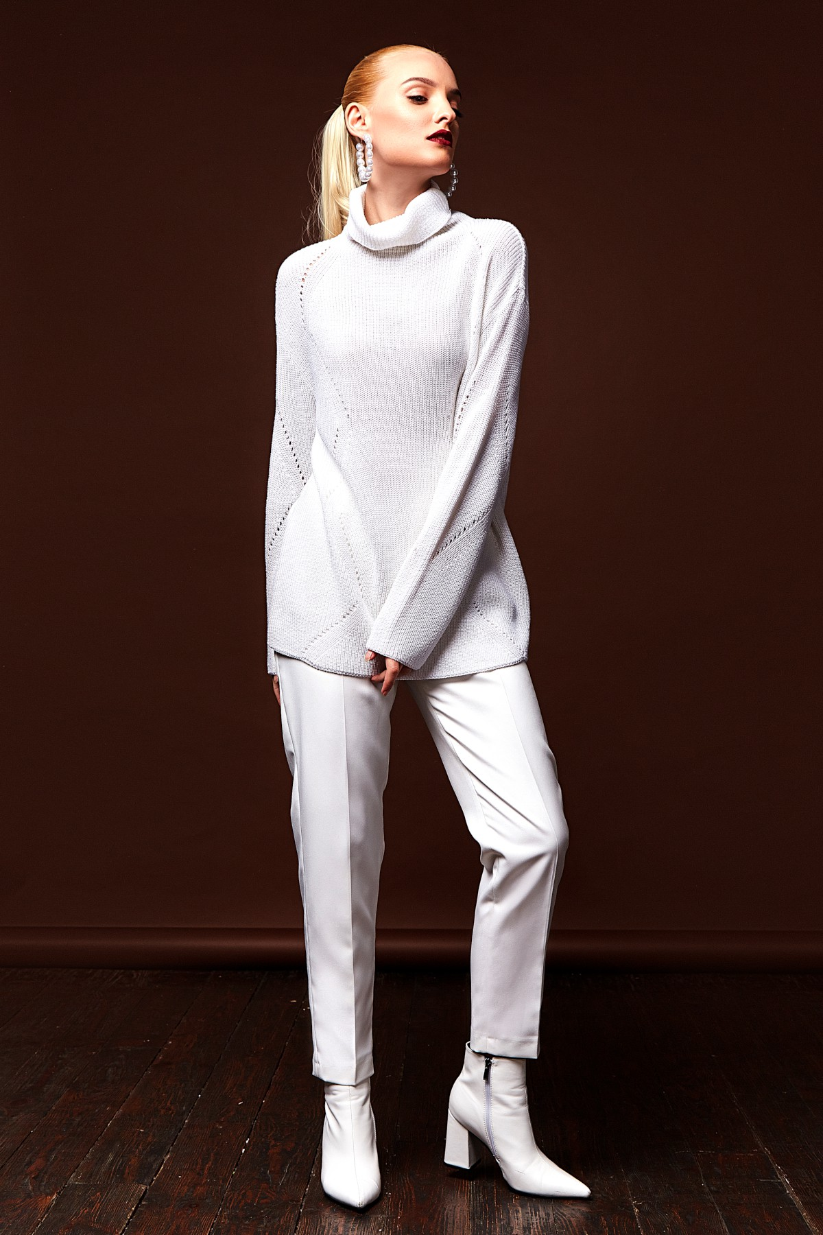 Total look blanc pour l'hiver ou le printemps