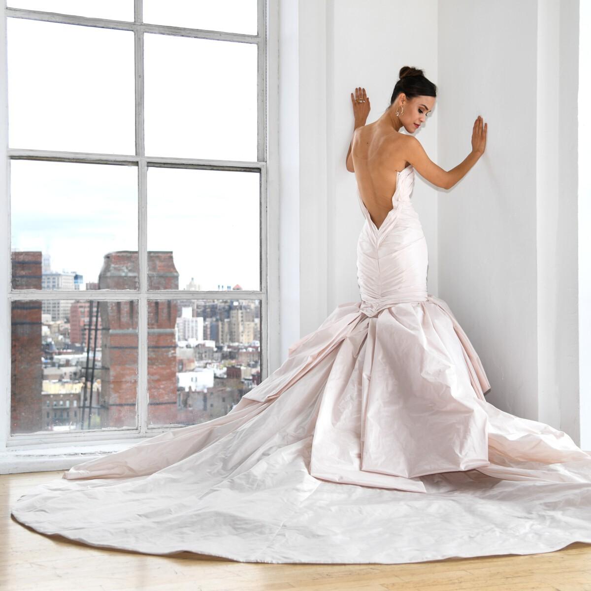 Qu'est-ce que la traîne d'une robe?