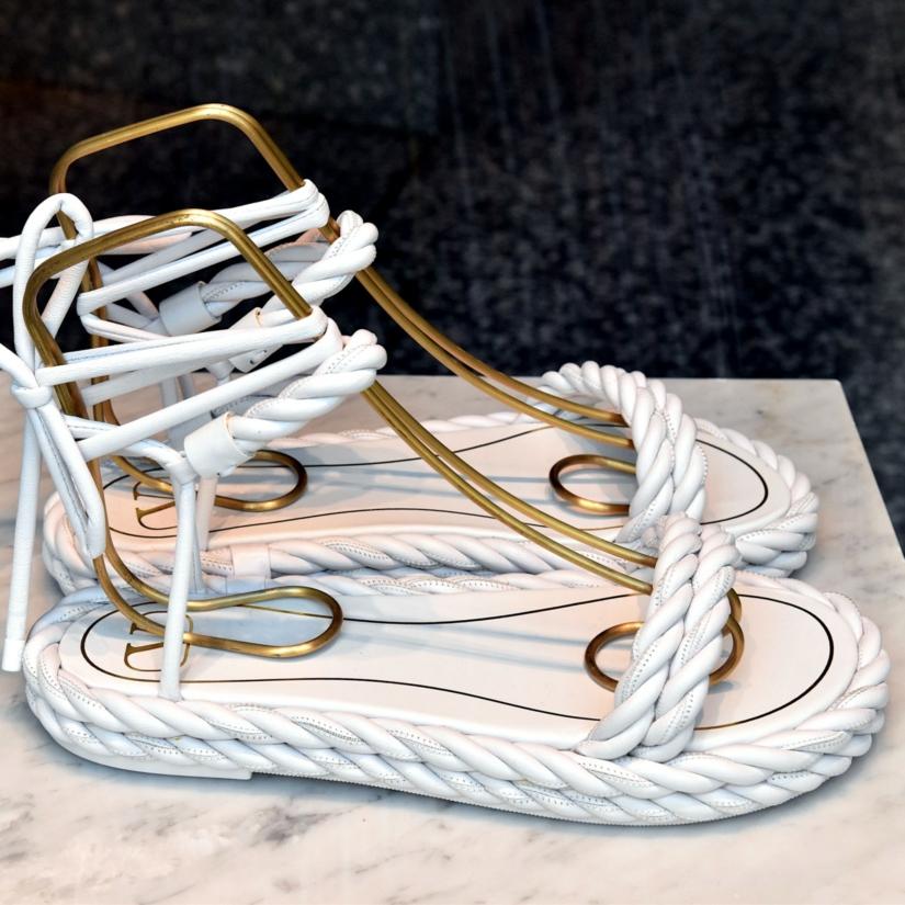 Les sandales du style corde : un retour à l'essentiel