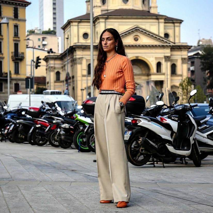 Les coupes de pantalons à la mode en 2021 : 8 exemples